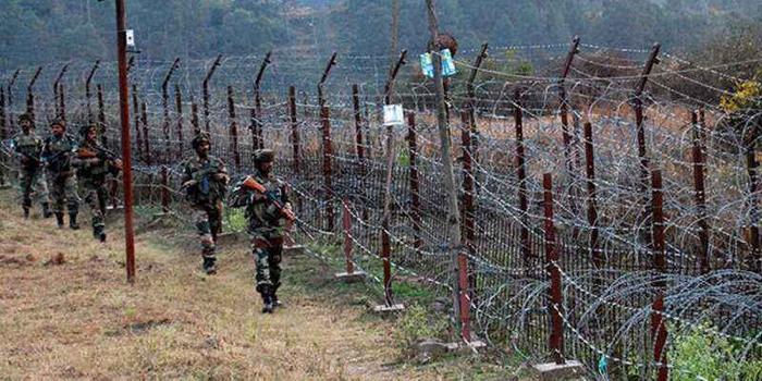 印巴克什米爾激烈交火 巴方1名軍官喪生4平民受傷