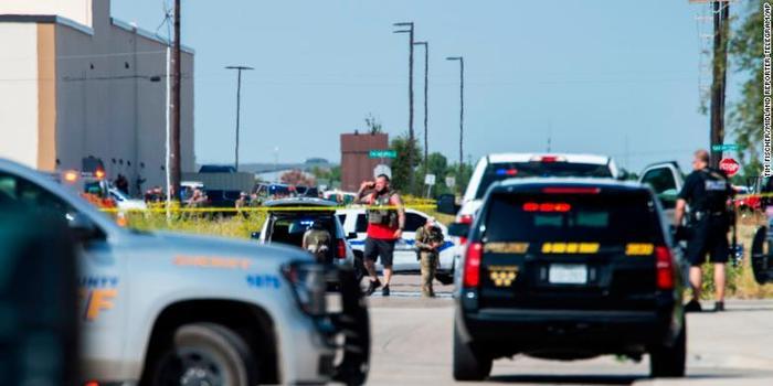 美國得州槍擊案死亡人數升至7人 仍有槍手在逃