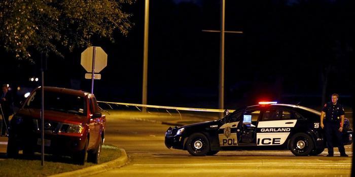 美國得州槍擊案已致5死21傷 槍手1死1在逃