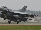美军战隼战斗机坠毁韩国 2月摔3架堪比印度