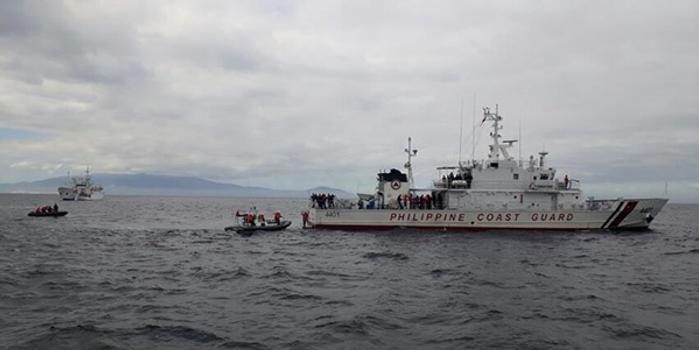 中菲两国海警在马尼拉湾海域展开联合海上演练