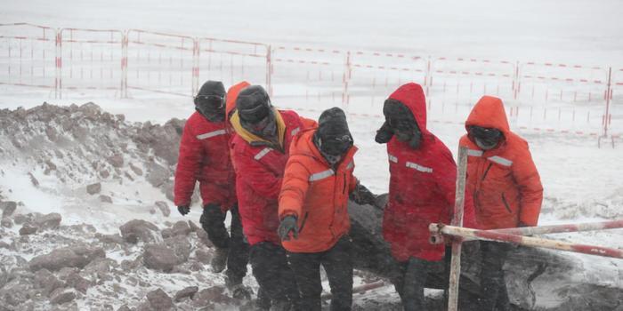 凍土都得烤暖氣 中國這個輸變電工程到底有多難?