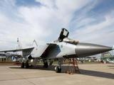 """""""匕首""""高超音速武器的载体,个头比波音737还大,俄战机的传奇"""
