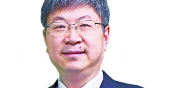 <strong>尹同跃:建立中国汽车新标准 推动新能源车零部件</strong>