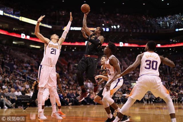 17/18赛季NBA常规赛 骑士 129-107 太阳_直播间_手机新浪网