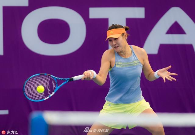 当地时间2018年2月11日,卡塔尔多哈,2018卡塔尔公开赛女单资格赛决赛轮,段莹莹2-1兹沃娜列娃。