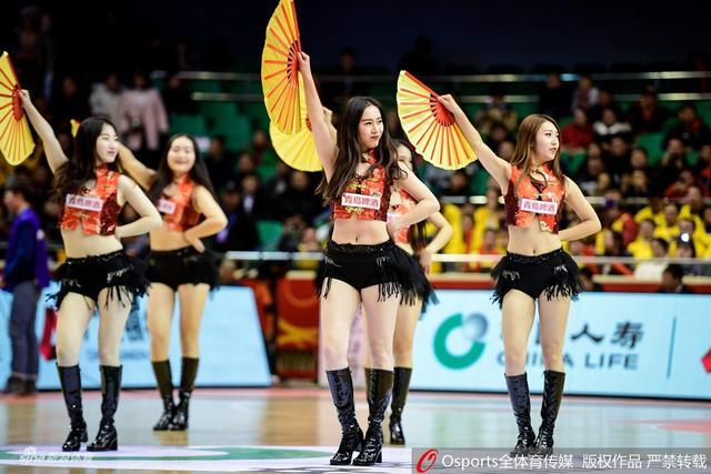 2018年12月6日,2018-2019赛季CBA联赛第16轮,拉拉队美女热舞精选