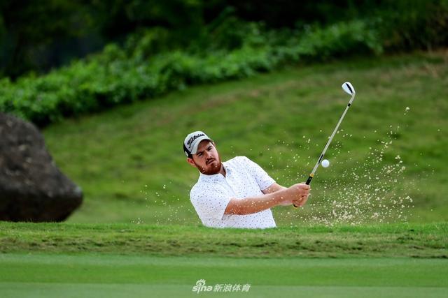 北京时间10月12日,美巡中国清水湾公开赛次轮在香港清水湾高尔夫乡村俱乐部进行。(摄影:刘壮 美巡赛-中国)
