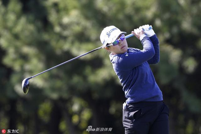 北京时间10月11日,LPGA韩亚银行锦标赛第一轮,日本选手畑冈奈纱领先,朴城炫并列第四。