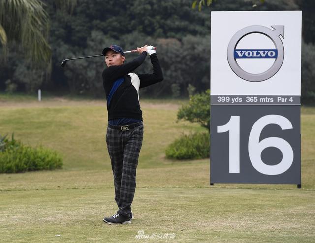 北京时间2月9日,中国公开赛国内资格赛第一轮,北京球员李建山和广东本地选手何泽宇共同领先。