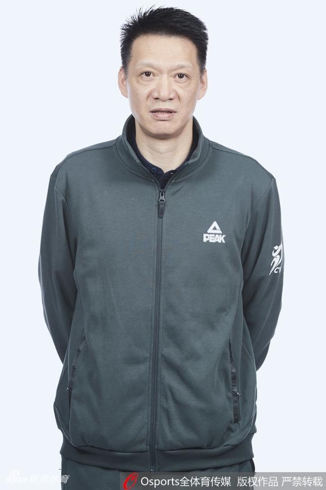 2018年11月9日,2018-2019赛季中国女排超级联赛,浙江女排官方写真。