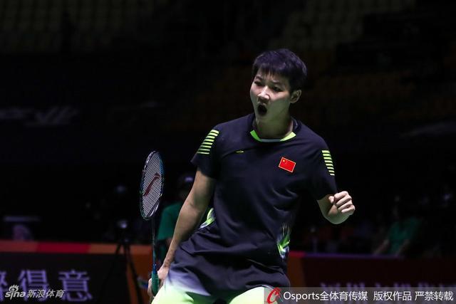 2018年11月8日,2018年中国(福州)羽毛球公开赛女单1/8决赛:陈晓欣vs卡洛琳娜.马琳。