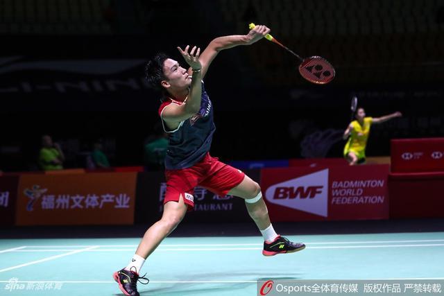 2018年11月8日,2018年中国(福州)羽毛球公开赛男单1/8决赛:桃田闲贤斗2:0胜维汀哈斯。