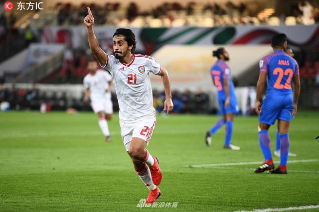 北京时间今天凌晨,亚洲杯小组赛第二轮,东道主阿联酋2-0印度升至小组第一。