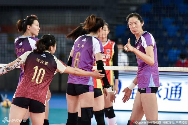 联赛天津女排3-0上海
