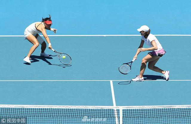 2019年1月11日,澳大利亚霍巴特,2019霍巴特国际网球公开赛第7日,杨钊煊/尼库莱斯库0-2拉提莎-詹/詹皓晴。
