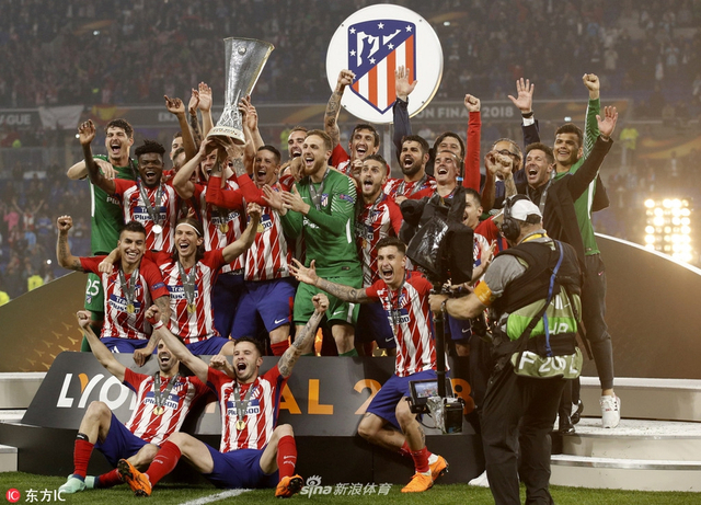 5月17日,2017/18赛季欧联杯决赛在里昂球场展开争夺,马德里竞技3比0完胜马赛,格列兹曼梅开二度,加比锁定胜局。马竞第3次夺得欧联杯。