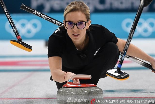 2月14日,2018年平昌冬奥会女子冰壶小组赛,俄奥3:10负英国。