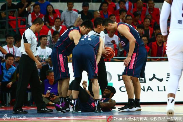 北京时间11月8日,CBA联赛第9轮,广州110-125广东。