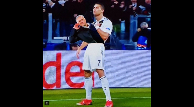 曼联1-2逆转了尤文图斯在都灵上演了胜利撤退,而面对尤文图斯球迷的谩骂声,穆里尼奥选择了做出嘲讽性的倾听手势来回击,网友们自然也不会放过这一次恶搞的机会。