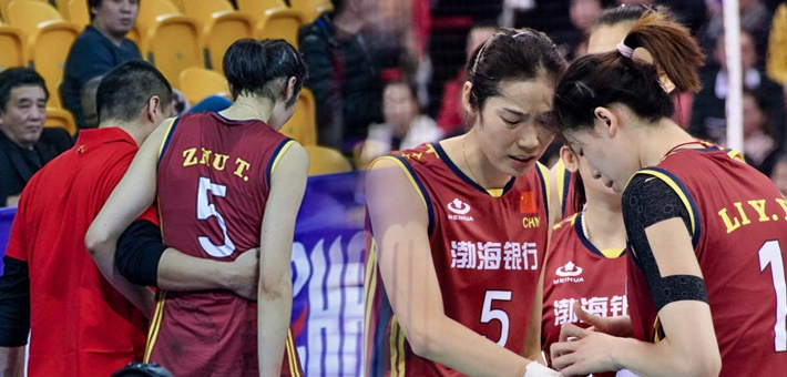 世俱杯朱婷手腕受伤离场 一度痛到哭泣