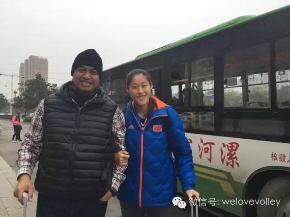 刘晓彤与加提蓬