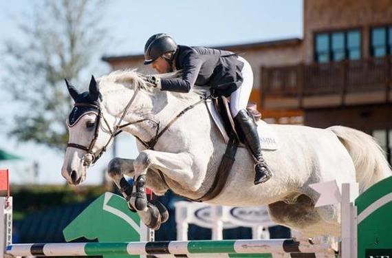 86000美金場地障礙賽上演 美國女騎手奪得冠軍