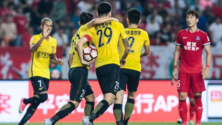 中超-郜林双响恒大2-2力帆遭2连平