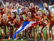 荷兰足球仍是无冕之王 但足以让国人羡慕