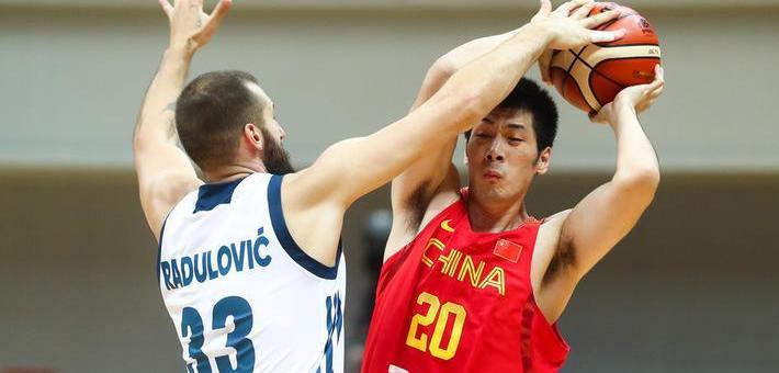 热身-男篮蓝队32分大胜斯洛文尼亚