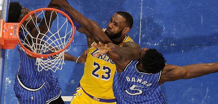 NBA-詹姆斯22分湖人被魔术血虐