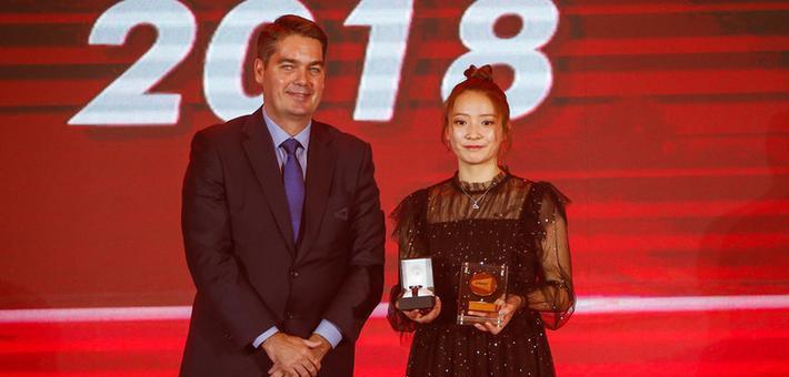 黄雅琼获世界羽联最佳女运动员