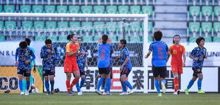 防线失灵连送礼 女足0-3日本两场不胜
