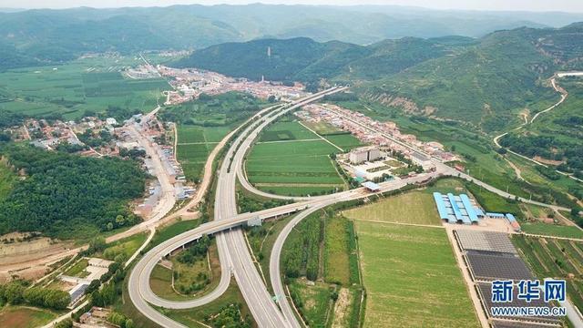 吴起县位于陕西省延安市,曾经是黄河中上游水土流失最严重的县区之一。