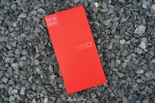 今年8月,360手机推出了两款新机——N7 Pro和N7 Lite,其中N7 Pro定价在2000元左右,而N7 Lite则定位千元。发布会后我们带来了360手机N7 Pro的体验,今天我们再来说说这款价格更便宜的N7 Lite。