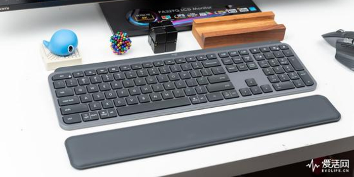 羅技MX Keys鍵盤測評:令人舒適的文本代碼創意大師