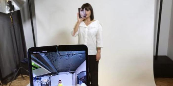 三星或推折疊屏5G手機 韓媒:華為或將是唯一競爭對手