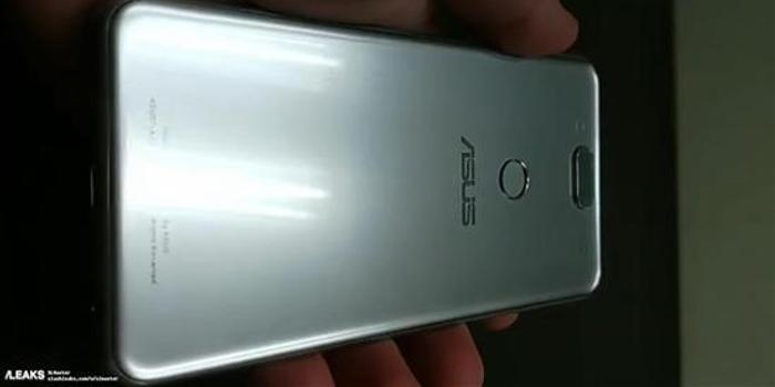驍龍855加持 華碩ZenFone 6曝光:采用滑蓋方案