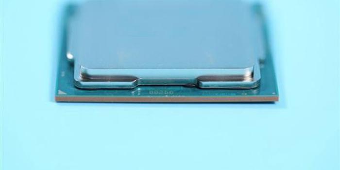 技嘉為Z390主板上全水冷 i9-9900K全核5.2GHz僅77℃