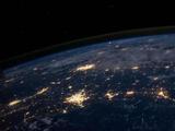 互聯網與我們:進化,融合,還是統治?