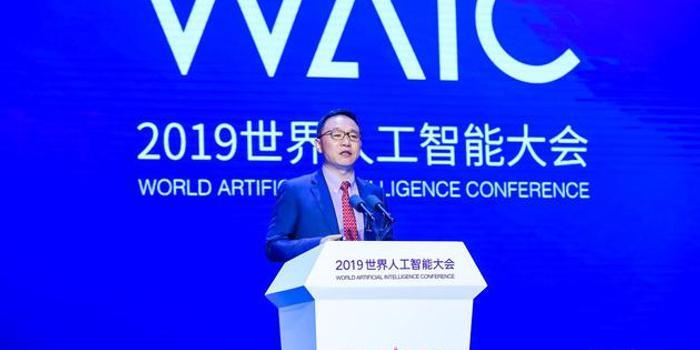 華為汪濤:到2025年 企業對AI的采用率將達86%