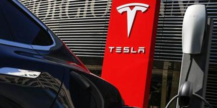 特斯拉汽車第四季度營收74億美元 凈利同比降25%