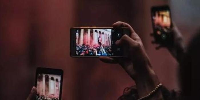 5G手機爭霸賽:國產、高通蘋果CP,誰勝?