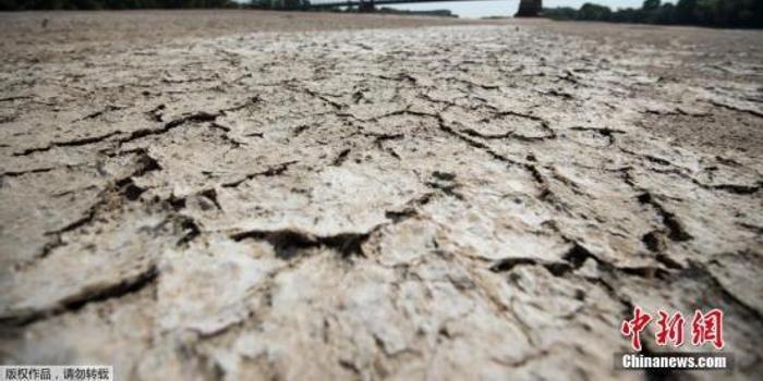專家稱氣候變化加速令人害怕 吁英提前達氣候目標