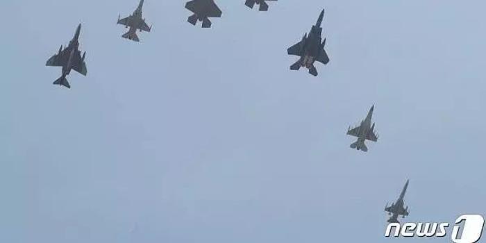 韓國F35戰機正式列裝 請美國飛行員幫忙開回家(圖)