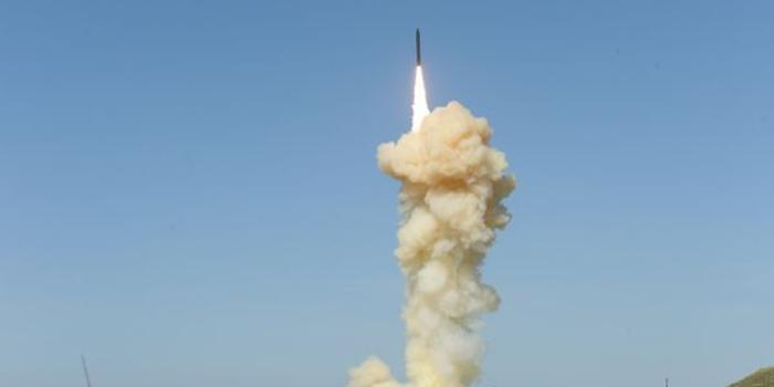 美軍首次齊射2枚反導導彈測試成功