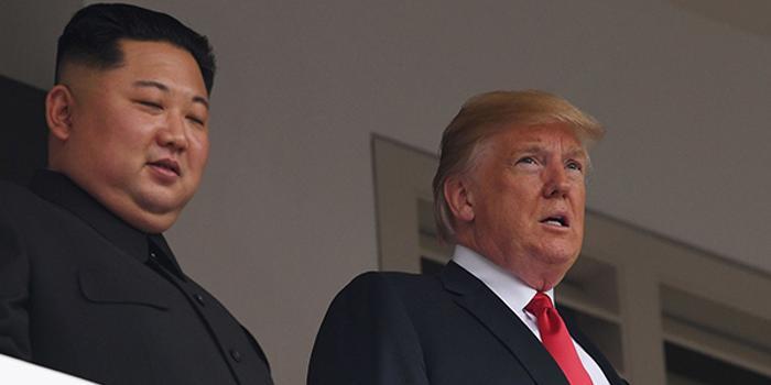 英媒:特朗普曾親手遞紙條 要求朝鮮移交現有核武器