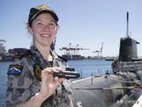 澳洲海军疯了?新潜艇要烧掉1万亿元,专家还爆料建成时已过时