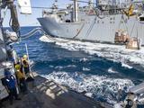 美国舰队抵达波斯湾,伊朗战机呼啸而至,投下数枚炸弹后安全撤离