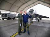 真有這么棒?俄羅斯飛行員體驗印度國產戰機,豎起大拇指稱贊有加